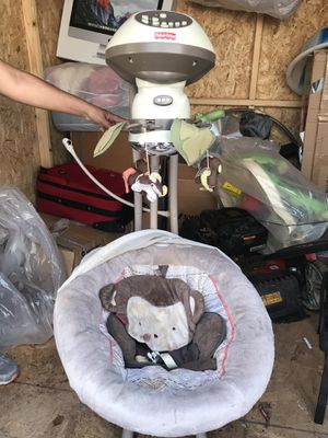 Baby electric swing for Sale in Nashville, TN