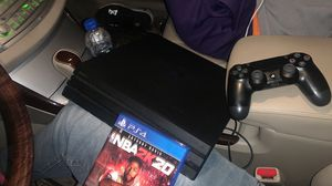 PS4 PRO 1TB for Sale in Keysville, VA