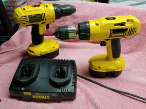 Dewalt 18 Volt Hammer drill and drill combo for Sale in Niagara Falls, NY