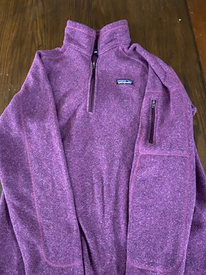 Woman's Patagonia 3/4 zip sweater for Sale in Saint Albans, WV