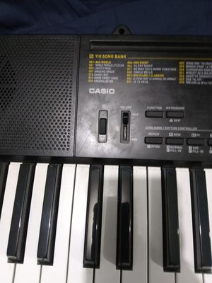 Casio piano 61 teclas for Sale in Miami, FL