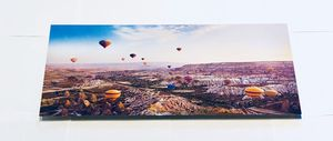 """Design Art Hot Air Balloon Flying Metal Wall Art (28""""x12"""") for Sale in Los Angeles, CA"""