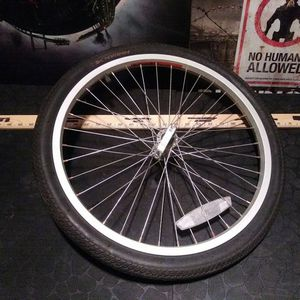 Replacement Rim Set Up For Trailer for Sale in Chicago, IL