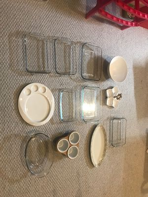 Super offer!!! 14piece fine porcelain and Pyrex dishes!! for Sale in Calverton, MD