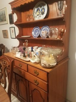 Antique Hutch/ China Cabinet/ Buffet for Sale in Margate, FL