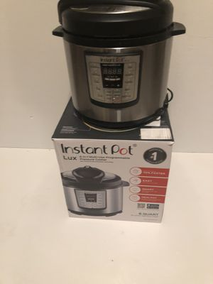 Instant pot lux 6qt for Sale in Ontario, CA