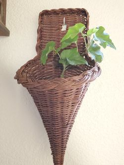 Rattan Wall Plant Hanger for Sale in West Sacramento,  CA