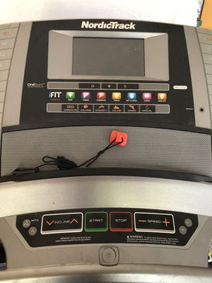 NordicTrack Commercial 1750 Treadmill for Sale in Woodland Hills, CA