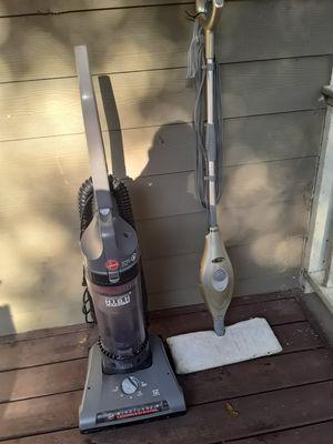 Hoover bagless vacuum rewind +shark steam vac for Sale in Atlanta, GA