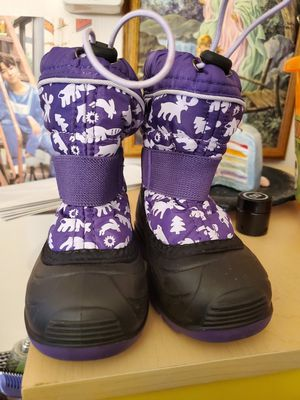 Toolder Girls size 7 Snow Boots for Sale in W CNSHOHOCKEN, PA