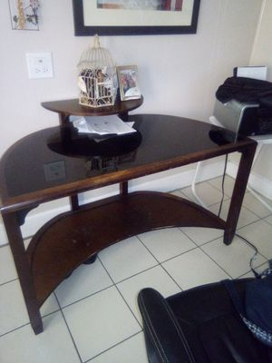 Computer desk(glass top) for Sale in San Angelo, TX