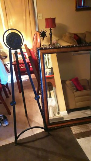 Mirror \stand for Sale in Macon, GA