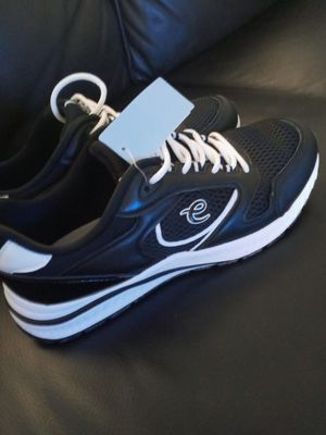CHOES FOR WOMEN EASY SPIRIT SIZE 9 for Sale in Bothell, WA