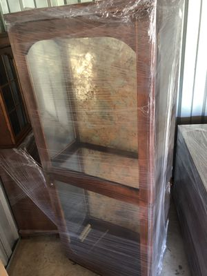 Curio with glass shelves for Sale in Fort Washington, MD