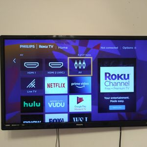 """(2) Tcl Roku TV 32"""" for Sale in Canton, MI"""