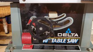 Delta 10 inch table saw for Sale in Walkertown, NC