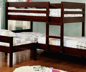 Bunk Beds Twin/Twin/Twin for Sale in Littleton,  CO