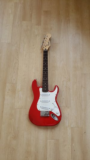 Squier Mini Electric Guitar with Case for Sale in MIDDLE CITY WEST, PA