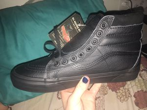 Brand New Vans Leather High Tops MTE for Sale in Bend, OR