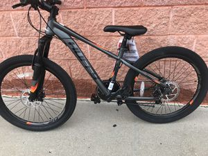 Brand new mountain bike size wheel 26 for Sale in Carle Place, NY