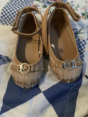 Michael kors shoes for Sale in El Mirage, AZ