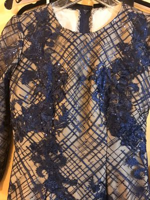 Navy/nude custom made evening gown prom dress sz 6 for Sale in North Olmsted, OH