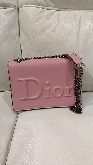 Nice crossbody purse for Sale in Houston, TX