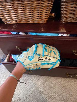 Baseball glove for Sale in San Jose, CA