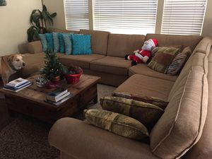 Sectional sofa for Sale in South Salt Lake, UT