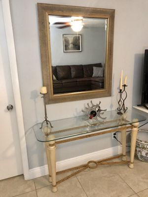 Console table with large mirror for Sale in Fort Lauderdale, FL