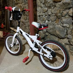 Kids starwars Bike for Sale in Haverhill, MA