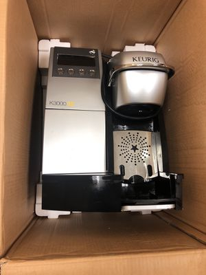 "Like new used 1 week ""KEURIG"" single cup brewing system K3000SE for Sale in Washington, DC"