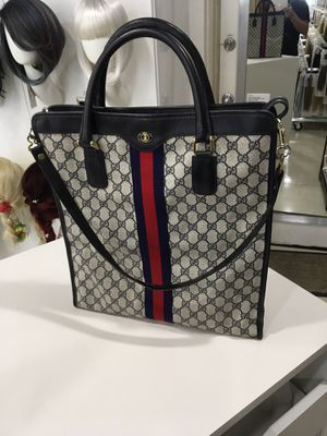 Authentic VINTAGE GUCCI WEBBED GG XL TOTE for Sale in Glendale, AZ