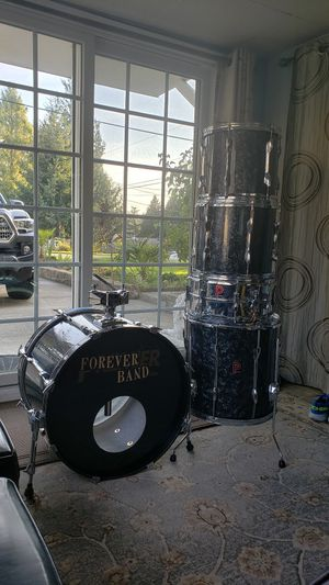 5 piece drum set for Sale in Kent, WA