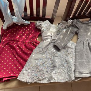 Like New 12 Month Girl clothing * Pet Free & Smoke Free Home for Sale in Hollywood, FL