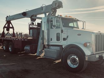 2013 Peterbilt Crane 500E2 Low Miles 145000 for Sale in Bakersfield,  CA