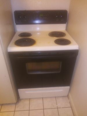 Electric stove for Sale in Haverhill, MA