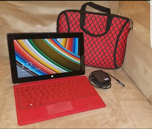 Microsoft RT Surface 32GB w/touch cover keyboard &carrying case! for Sale in St. Peters, MO