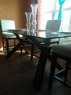 Dining room table set with chairs, like new condition for Sale in Detroit, MI