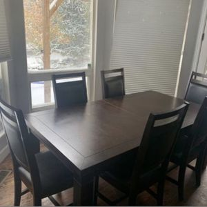 Dark brown kitchen table for Sale in Longmont, CO