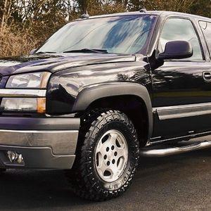 Bumper: body-color Chevrolet Silverado 2003 Power steering for Sale in Peoria, AZ