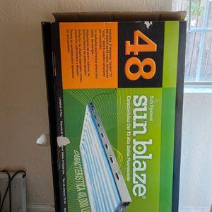 Sun blaze 48 T5 Fluorescents for Sale in San Lorenzo, CA