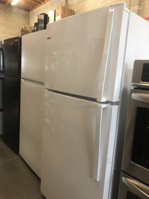 WHIRLPOOL FRIDGE for Sale in Irwindale, CA