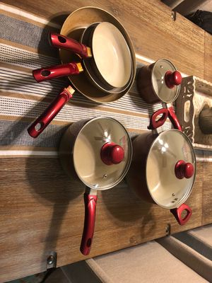 Pots and Pans Set for Sale in Riverside, CA