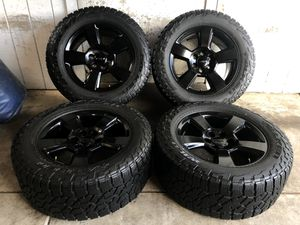 "20"" Chevy Tahoe Suburban Silverado FACTORY BLACK Wheels Rims Falken Tires LT305/55/20 NEW for Sale in Santa Ana, CA"