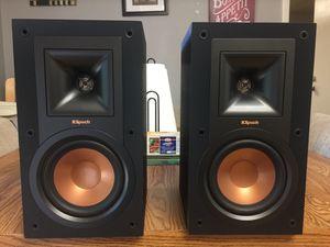 Klipsch R-15m bookshelf speakers for Sale in Orlando, FL