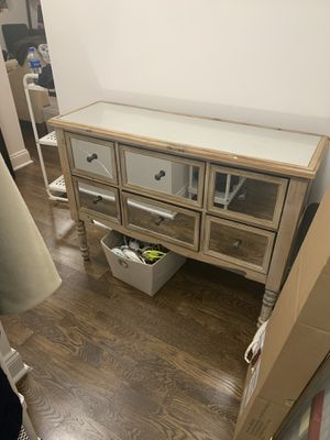 6-Drawer Mirrored Dresser for Sale in New York, NY