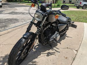 2016 883 iron sportster for Sale in Austin, TX
