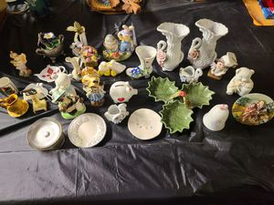 Whole lot only $15! 30 items including precious moments bell for Sale in Parma, OH