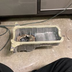 OEM 1.8 Miata Oil Pan 1999 for Sale in Happy Valley,  OR